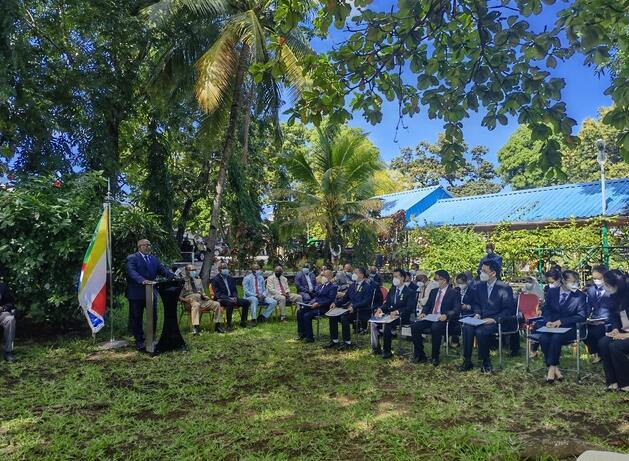 广西的抗疫队员获科摩罗总统授勋12位